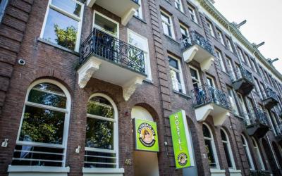 Flying Pig Uptown Hostel / Amsterdam / Holland